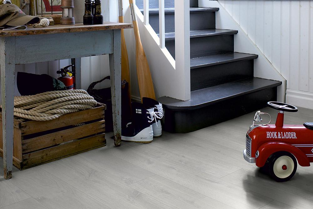 how to maintain a pergo laminate floor